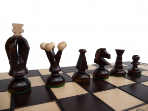 Medium Kings Chess