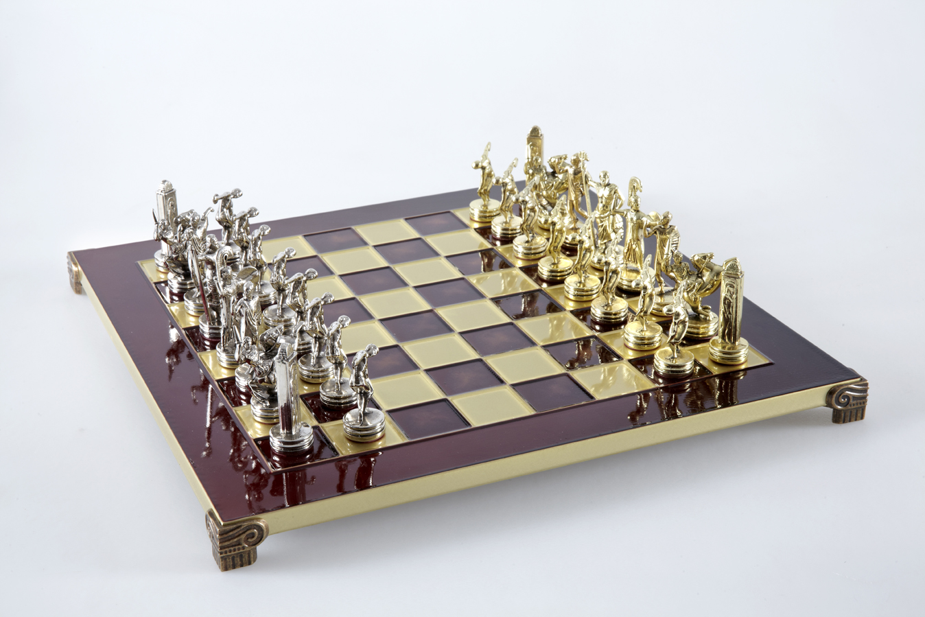 Discuss Thrower chess set with gold-silver chessmen/Red chessboard 36 sm